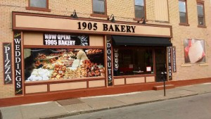 1905 Bakery Outside